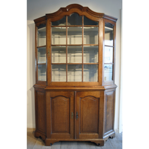 Antique vitrine - A03
