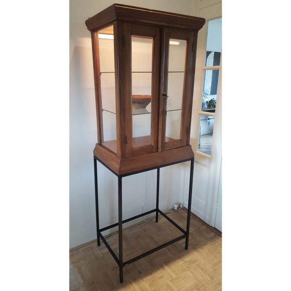 Antique vitrine combined with steel frame - A017