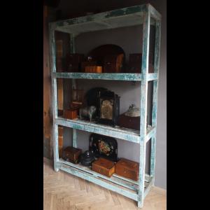 Vintage rack A19