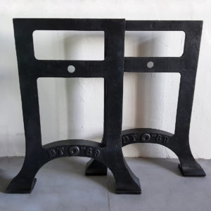 Industrial cast iron legs, just the base - IND118