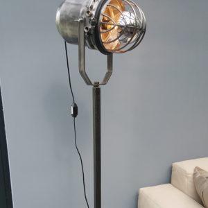 Spotlight Industrial design | studio lamp X18
