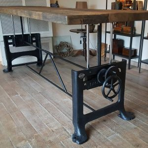 table adjustable in height - old base - old and oak table top - industrial