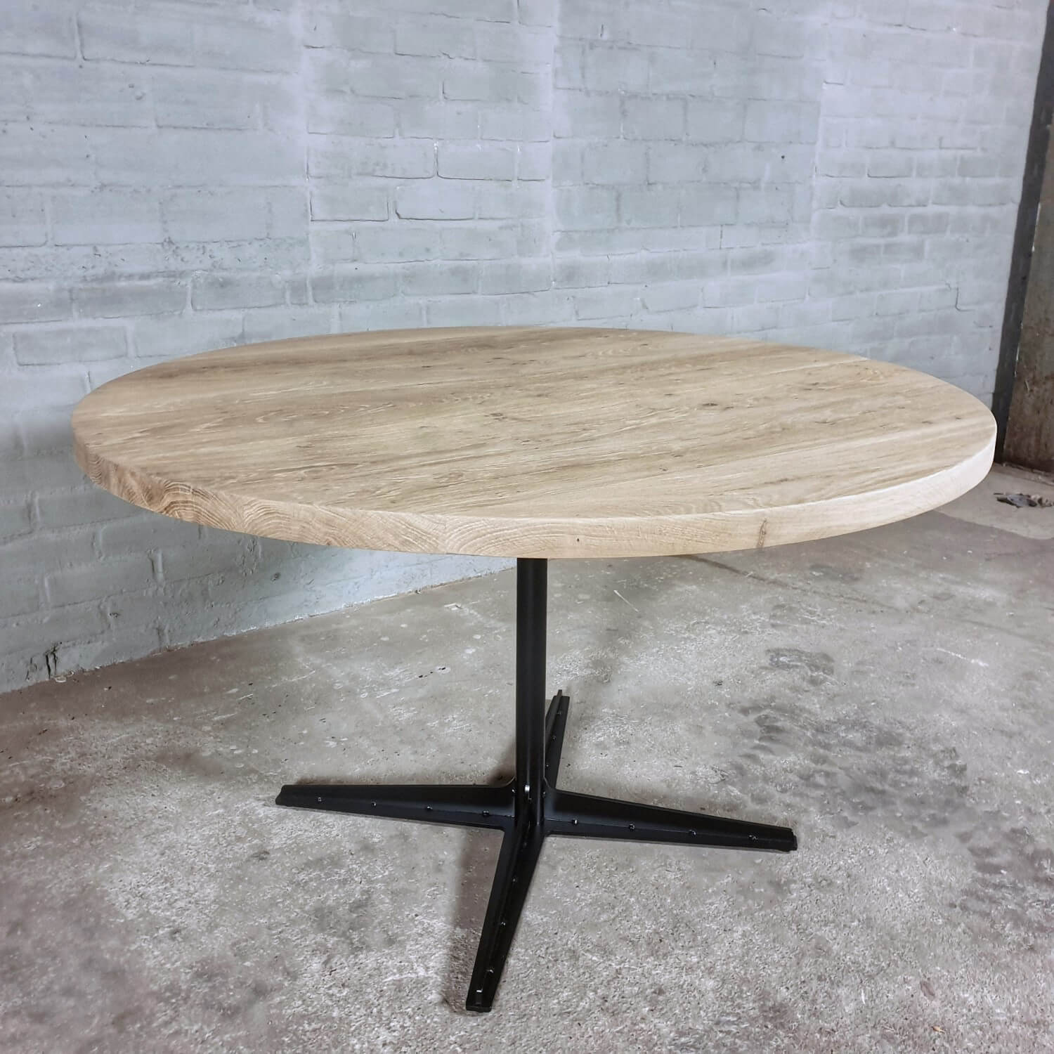 round-industrial-dining-table-rustic-oak-top-modern-steel-base-dt20