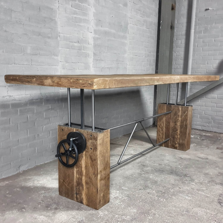 adjustable-in-height-wooden-dining-table-sunburned-reclaimed-oak-z015-01