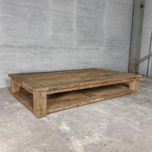 robust-farmhouse-style-coffee-table-with-extra-bottom-shelf-sunburned-reclaimed-oak-h012-01